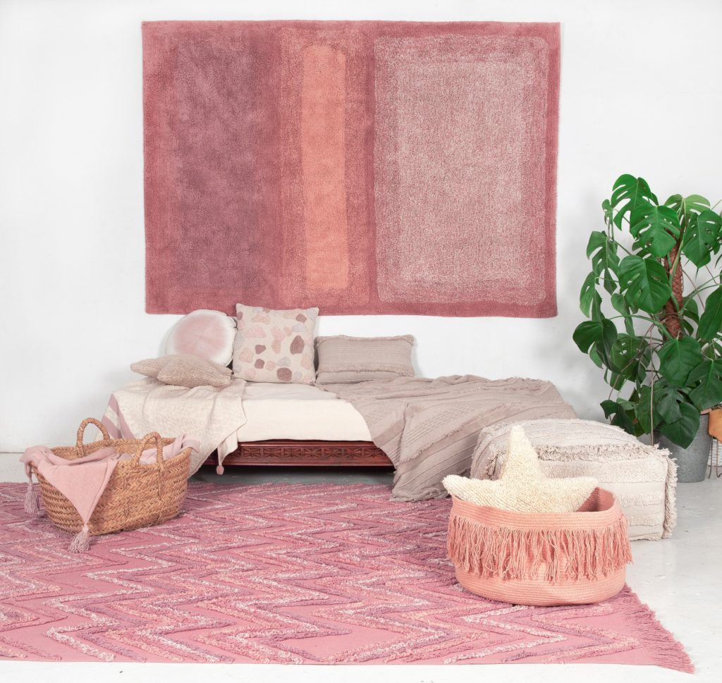 Earth washable rug by Lorena Canals