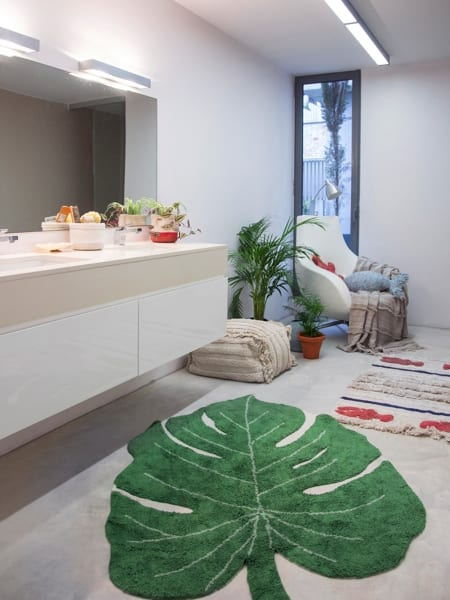 Monstera Bathroom